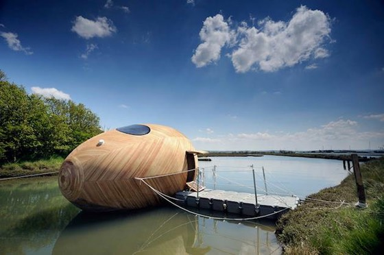 Boat Inspired Egg Shaped Structure