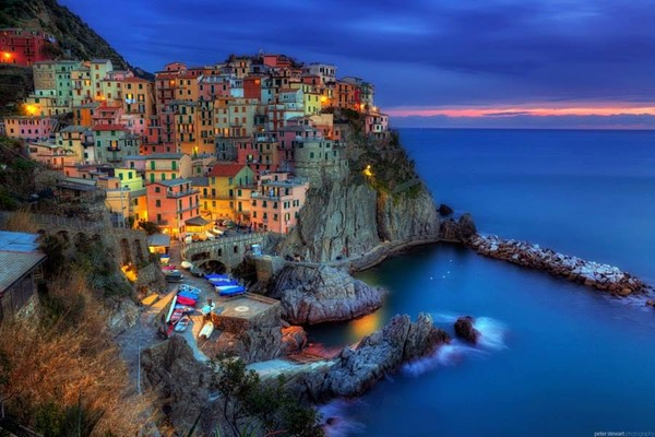 The Colorful Cost in Manarola, Italy